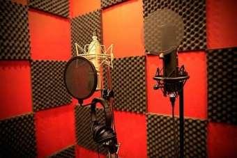 Set 10 tấm Mút xốp tiêu âm hình gai. nhiều màu KT 50x50x5cm