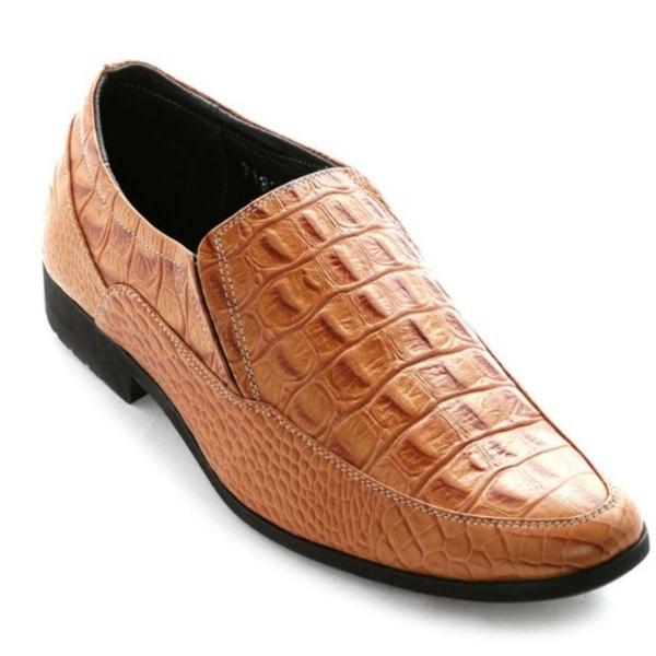 HL7130 - Giày nam Huy Hoàng vân cá sấu màu vàng