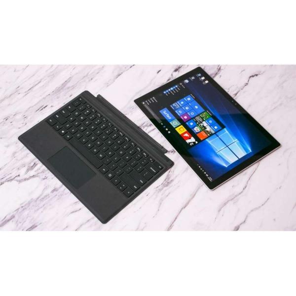 Microsoft Surface Pro (2017) - Core i5, 4Gb Ram, 256Gb SSD