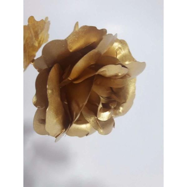 Hoa hồng mạ vàng 24K có chân đế LOVE