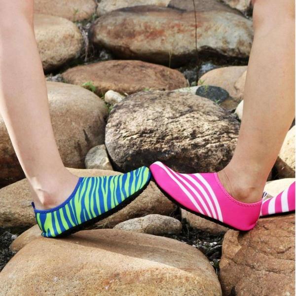 Giầy đi biển, giầy đi bơi LƯỚI thông thoáng, mau khô nước - Tím - POPO Sport